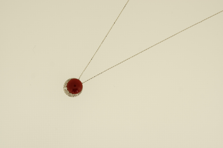 K18WG赤珊瑚ダイヤ入ペンダントネックレス(D0.14ct) 380,000-min