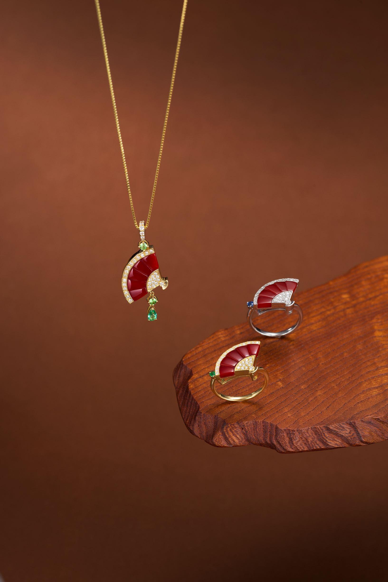 赤サンゴペンダント(K18・エメラルド・グリーンガーネット・ダイヤ)赤珊瑚リング(K18・エメラルド・ダイヤ) ②
